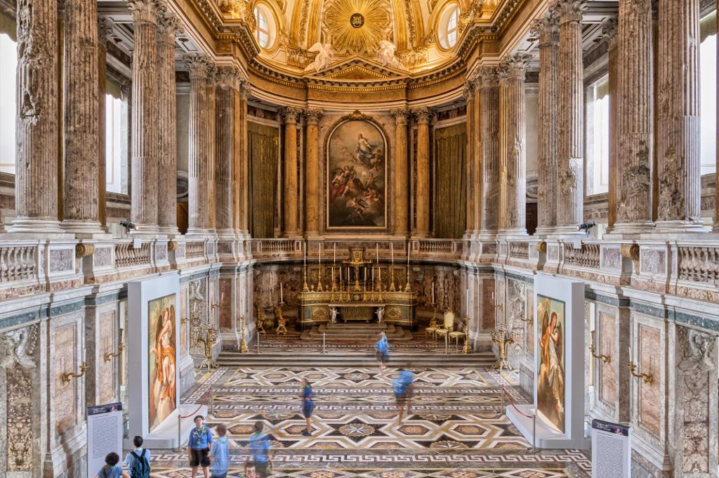 Cappella Palatina Reggia Di Caserta Interni.La Reggia Di Caserta La Tua Italia