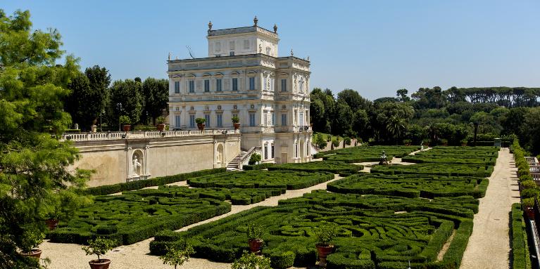 I parchi di roma la tua italia - Il giardino segreto roma ...