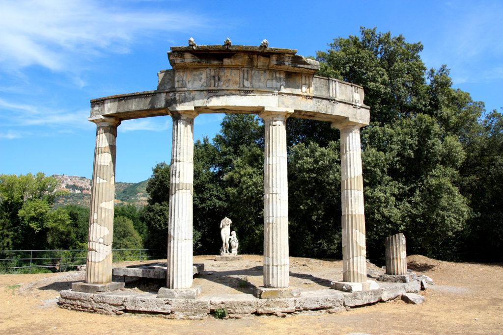 Una giornata a tivoli villa adriana e villa d este la for Piani portico di tre stagioni