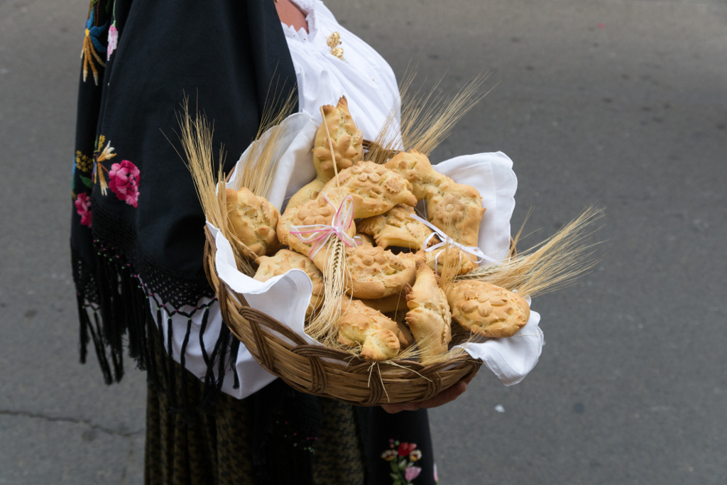 I prodotti tipici della sardegna la tua italia - Diversi tipi di pane ...