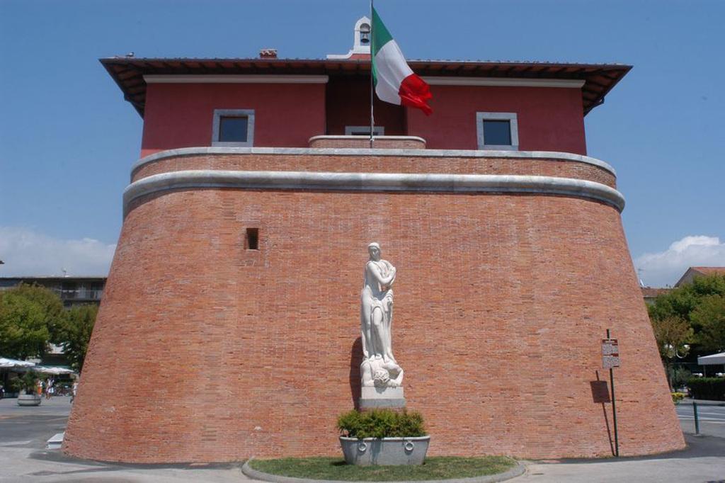 Un Weekend A Forte Dei Marmi La Tua Italia