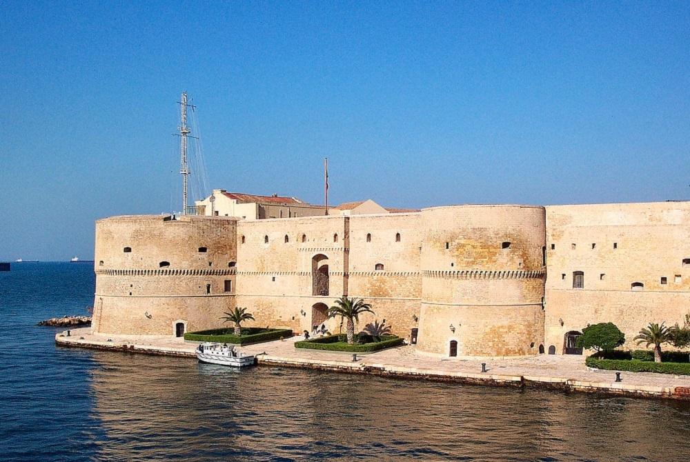 castello_aragonese_taranto