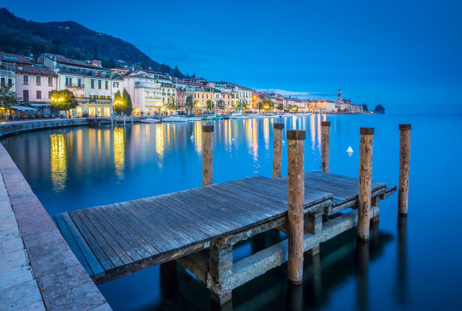Salvador Lake di Garda