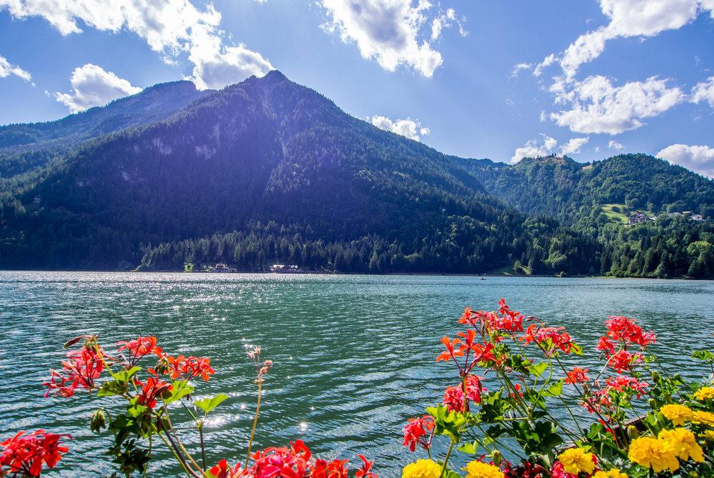 Lago di Alleghe / Foto: Shutterstock.com