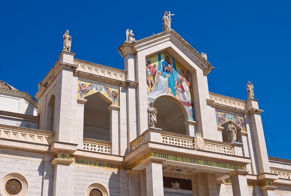 Фасад собора. Фото / Shutterstock.com