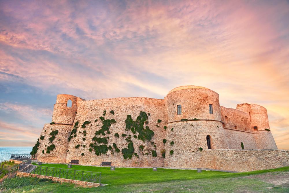 Арагонский замок / Фото: Shutterstock.com