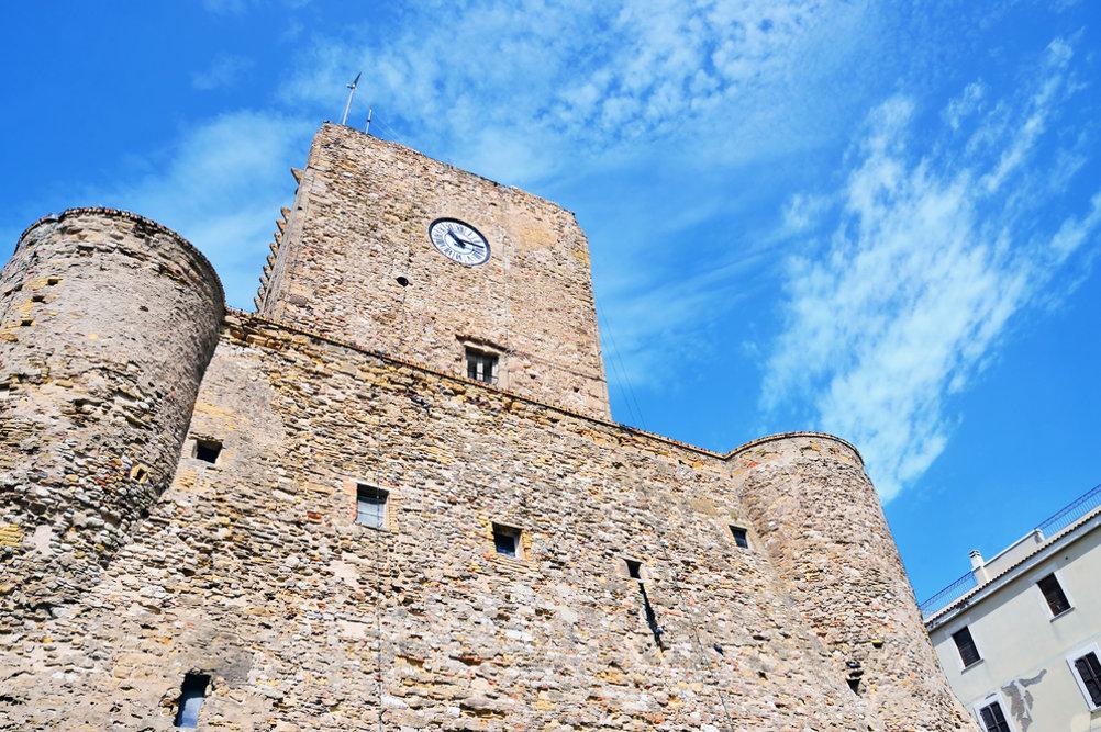 Замок в Термоли / Фото: Shutterstock.com