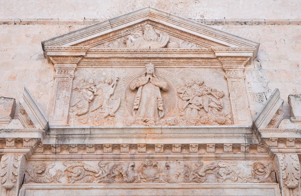 Chiesa Matrice a Polignano a Mare / Foto: Shutterstock.com