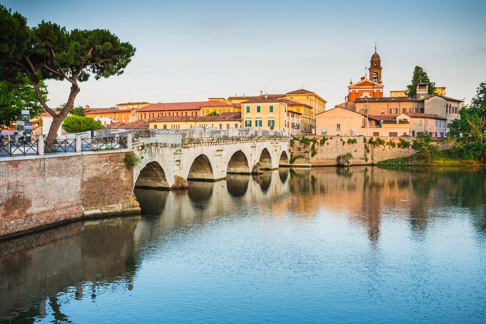 Мост Тиберия / Фото: Shutterstock.com
