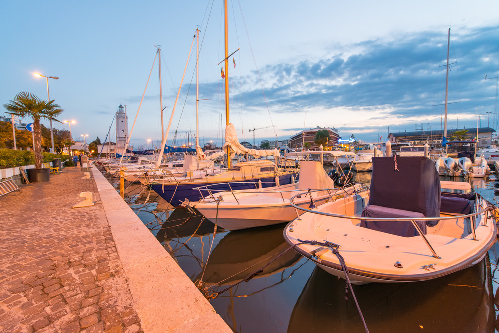 Marina di Rimini © pisaphotography / Shutterstock.com