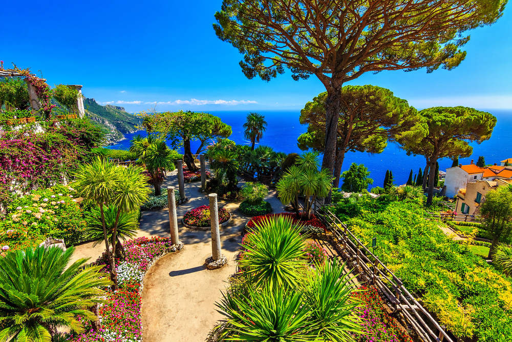 I giardini di Villa Rufalo / Shutterstock.com