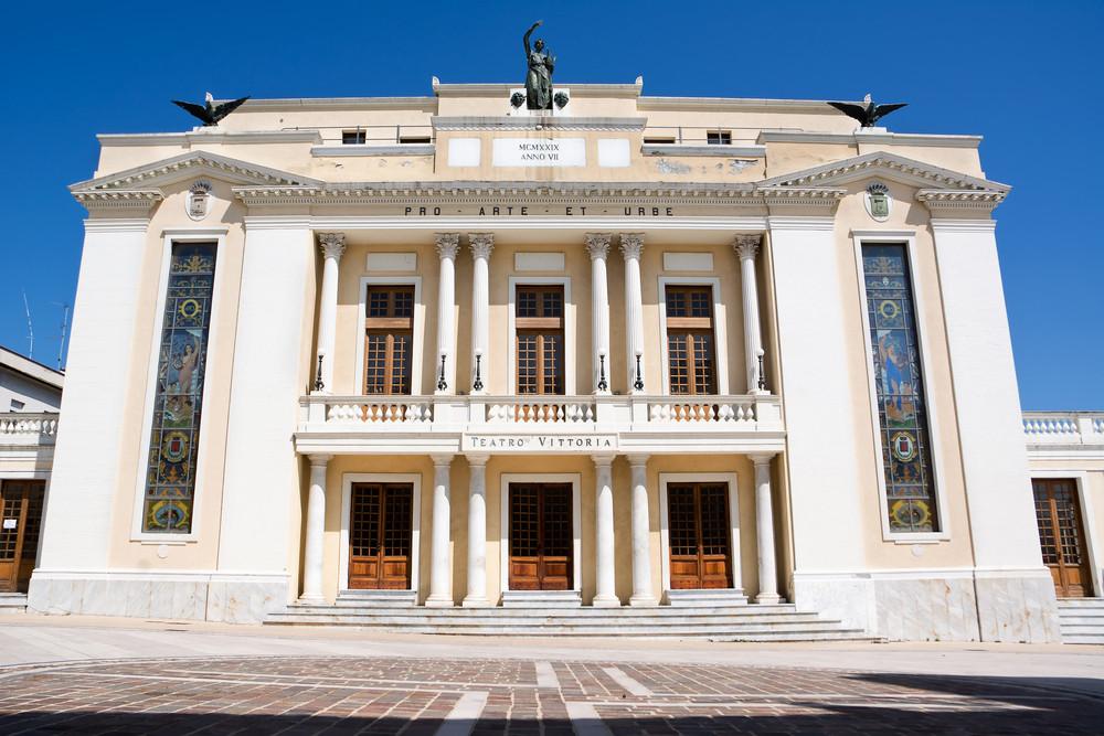 Театр Витториа / Фото: Shutterstock.com