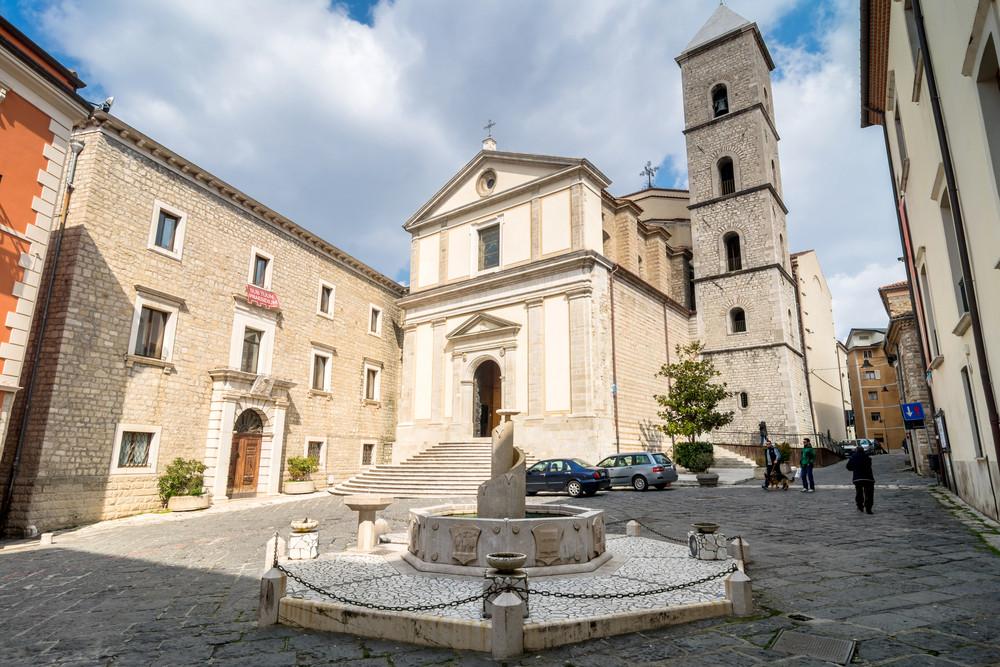 Duomo di San Gerardo © Eddy Galeotti / Shutterstock.com