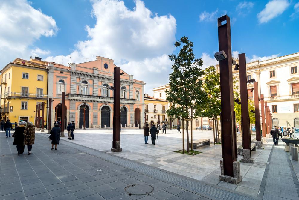 Площадь Марио Пагано © Eddy Galeotti / Shutterstock.com