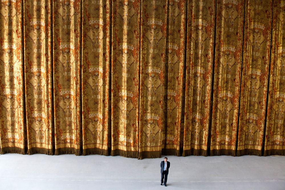 Занавес Большого Театр в Москве © rubelli.com