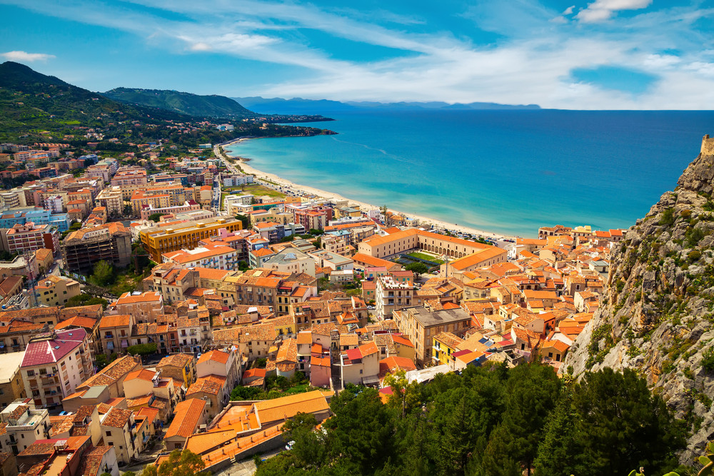 Buying real estate in the resort town of Cefalu in