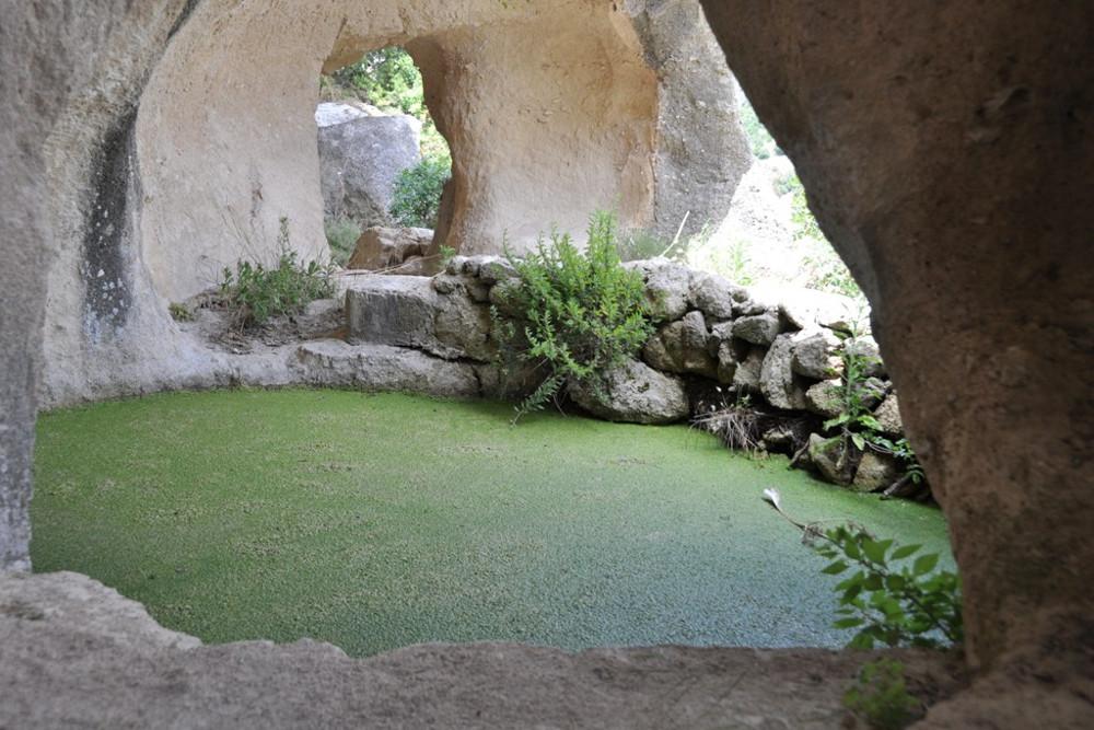 Кристо-ла-Сельва, пруд для сбора дождевой воды / Фото: materatourguide.it
