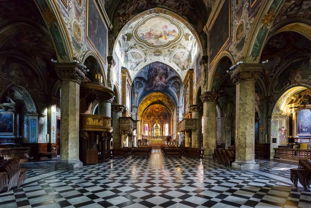 Duomo di Monza © Philip Bird LRPS CPAGB / Shutterstock.com