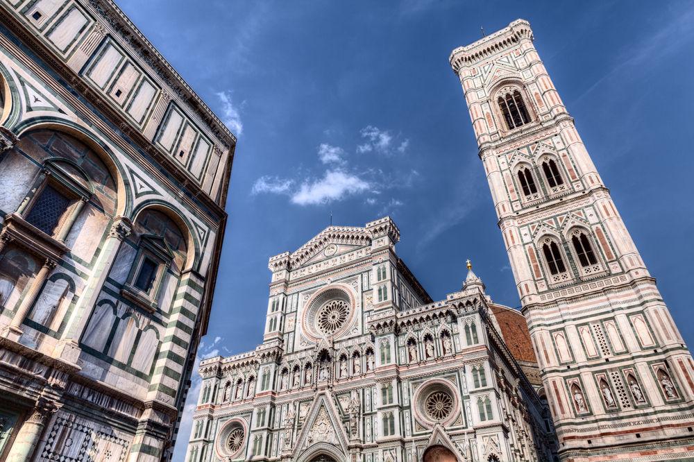 Дуомо во Флоренции и Кампанила Джотто / Shutterstock.com