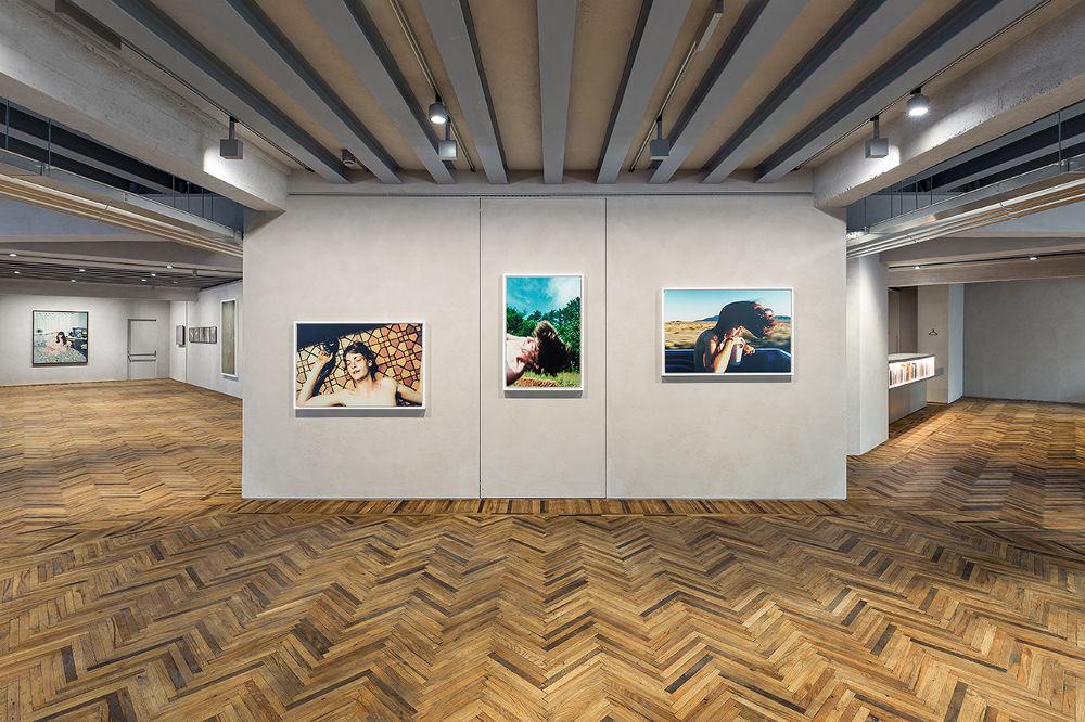 Veduta della mostra Give Me Yesterday. Foto Delfino Sisto Legnani e Marco Cappelletti. Courtesy Fondazione Prada