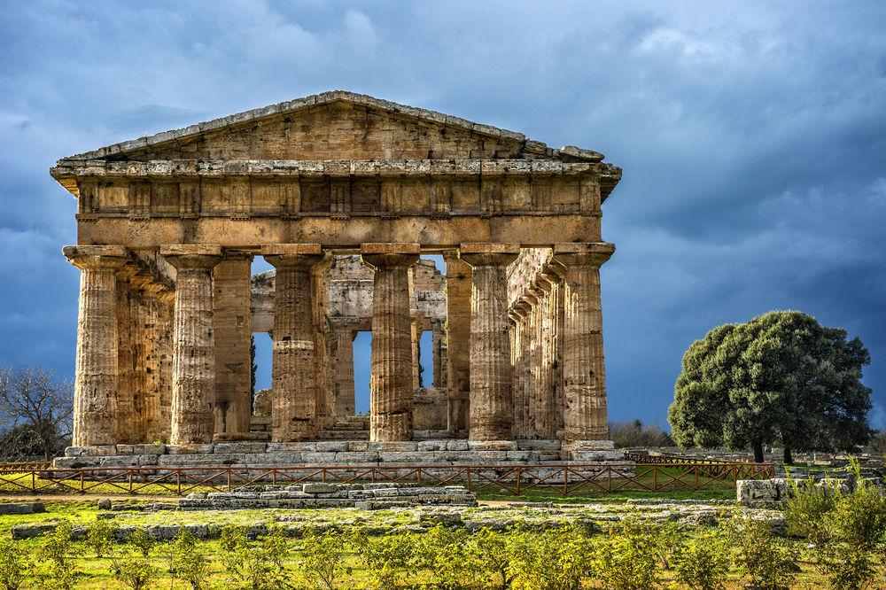 temple of neptune paestum